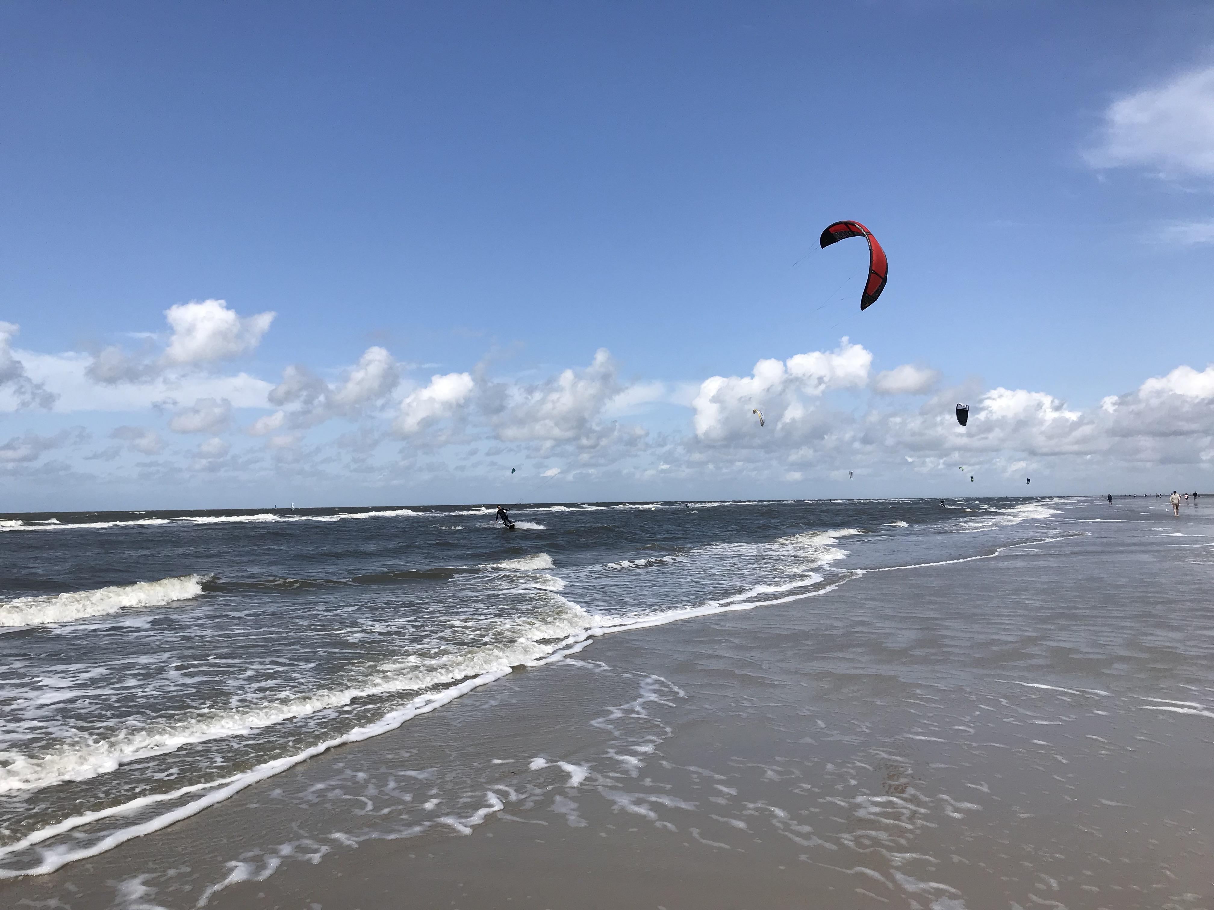 Mit VW Bulli zum Kite-Surfern nach Sankt Peter-Ording