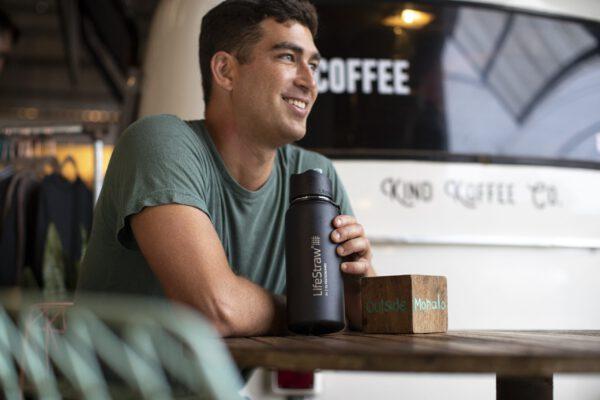 LifeStraw Go stainless steel - black - lifestyle coffee shop - kauai - adam barker - 2025